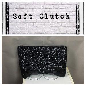Sequins soft zip clutch